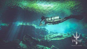 sidemount diving in cenote Kukulkan