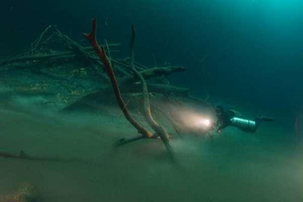 Sidemount diving in Cenote Angelita