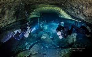 CAVE DIVING AND TECH DIVING