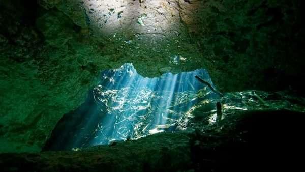 Cavern Diving in Yucatan